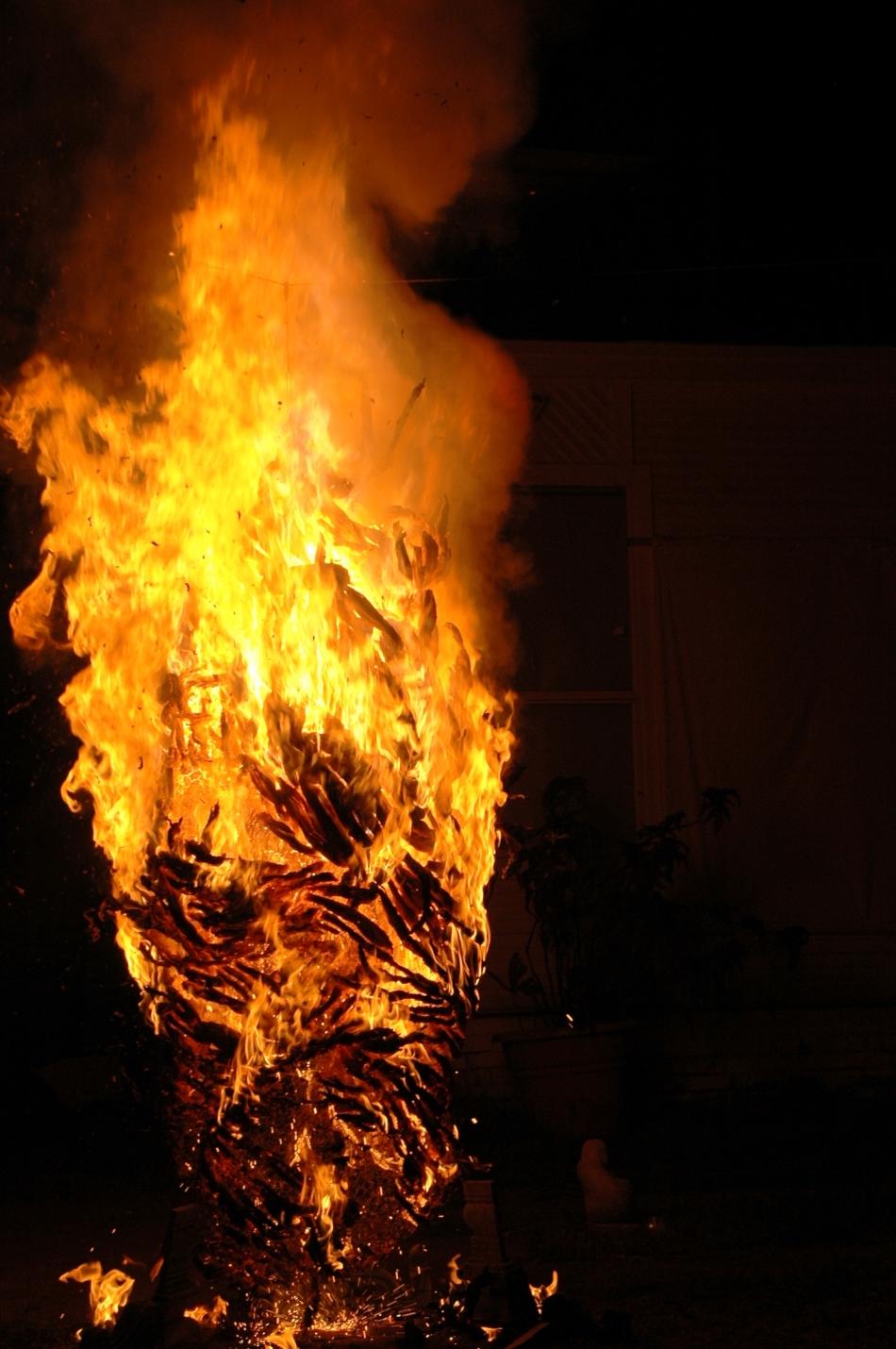 burning3